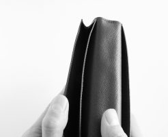 サラリーマンの貯金額は驚くほど少ない